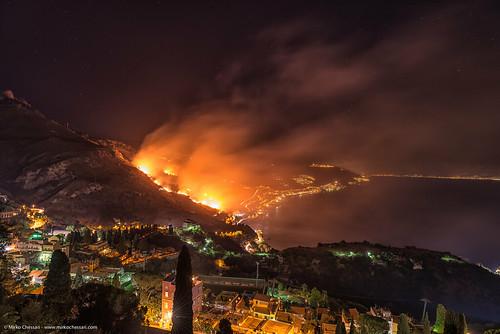 Incendio nei pressi di Taormina - Sicilia
