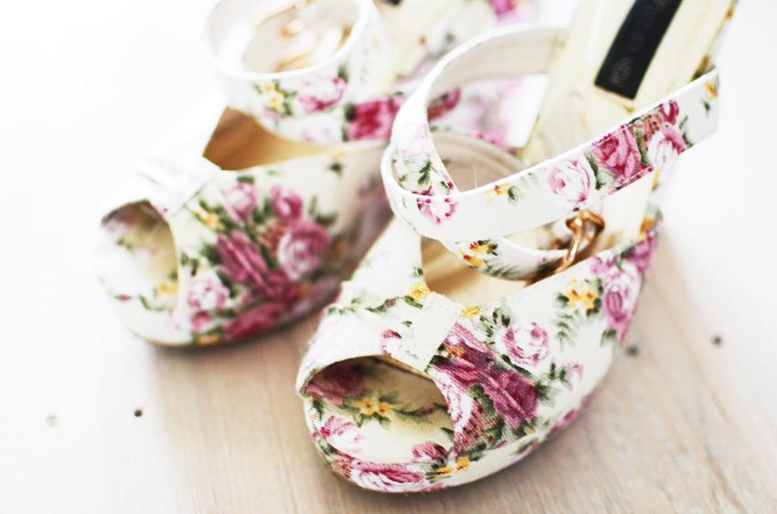 floral-wedges e