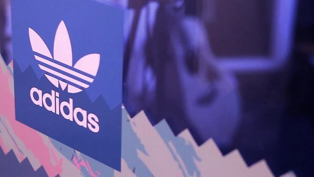 Unite All Originals x Adidas  en Tienda Fitzrovia
