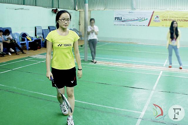 Diệu Hân ngậm ngùi gác vợt trước tuyển thủ trên cơ