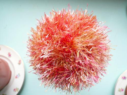 Eyelash ball - orange_pink 2