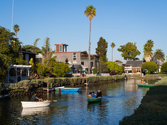Families on the Venice Canals