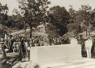 Official ceremony for the unveiling of the Stone of Remembrance, Toowong Cemetery, Brisbane, 1924