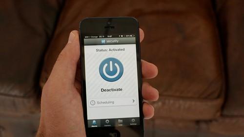 App de Domoalert Security en un móvil iPhone