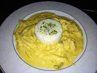 Curry de pollo estilo Zimbabwe con arroz basmati