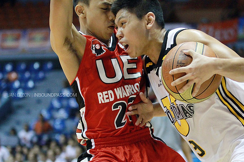 FilOil 2013: UST Growling Tigers vs. UE Red Warriors, May 18