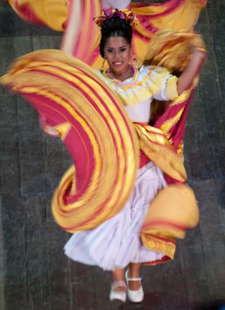 Xcaret dancers