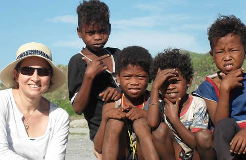 Children of the Aeta indigenous people are kind enough to take a photo with me