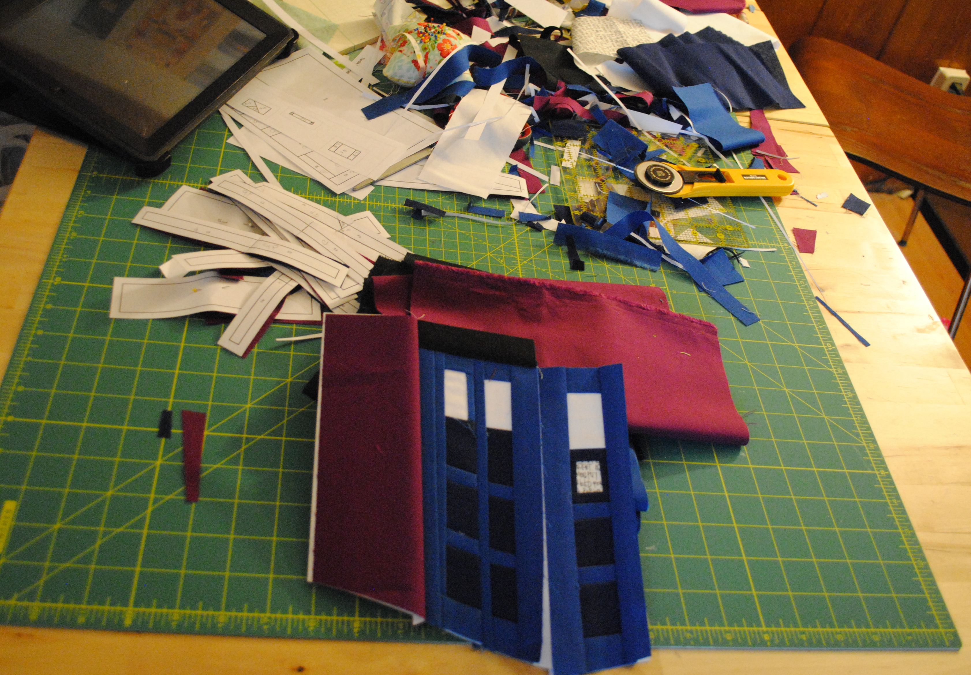 paper pieced tardis mess