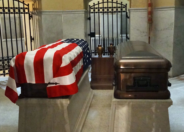 president-garfield-casket