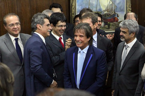 03/07/13 | Senador Humberto Costa (PT/PE) e outros participa de reunião com artistas na sala de reunião da Presidência do Senado Federal. Foto: André Corrêa / Liderança do PT no Senado.