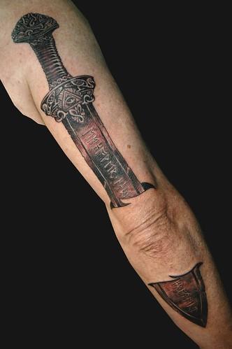tattoo austin hub tattoo hubtattoo tattoo artist michael norris tattoo shop sword 3d tattoo
