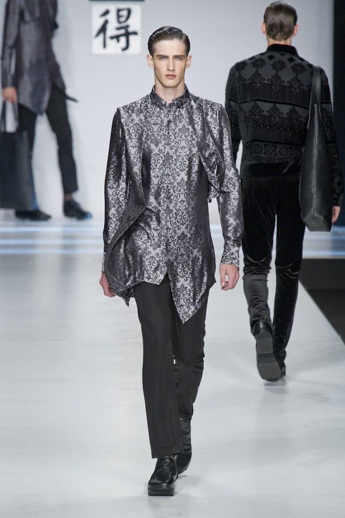SS14 Milan Ji Wenbo056_Ian Sharp(fashionising.com)