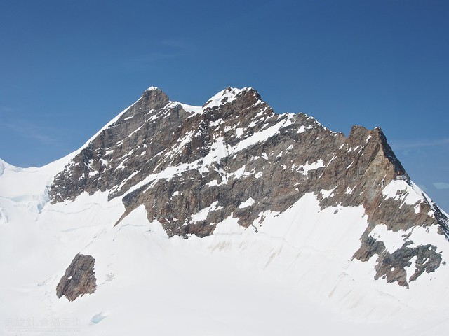 Jungfrau on Sphinx