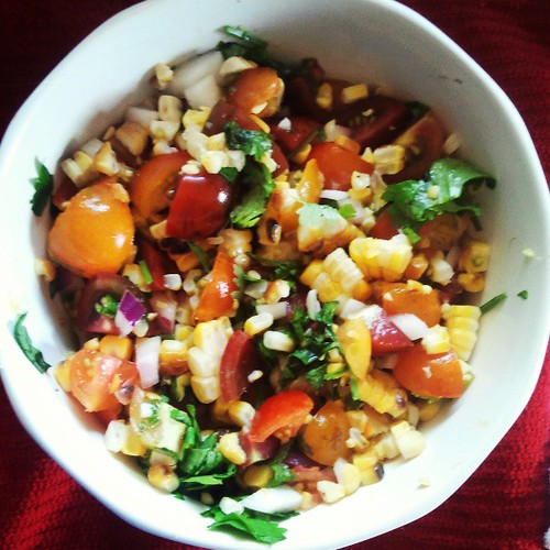 tomato corn salsa for #snackybee nacho night!