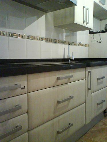 Dise o de cocinas en valdemoro pvc de cape modelo apolo for Granito negro para cocina