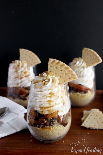 Brown Butter Peach Shortbread Parfaits with Cinnamon Maple Whipped Cream | beyondfrosting.com | #peach #shortbread #parfaits