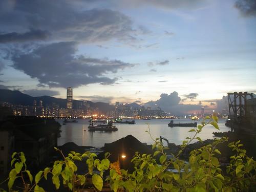 油麗邨 2012