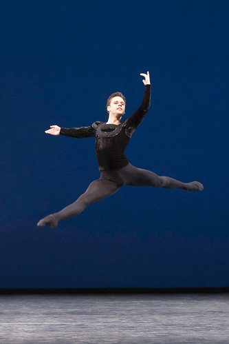 Alexander Campbell in Symphony in C, The Royal Ballet © ROH/Johan Persson, 2013