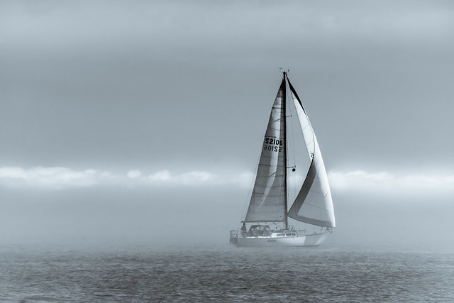 Sailing, Sailboat, Boating, Mist, Lake Michigan