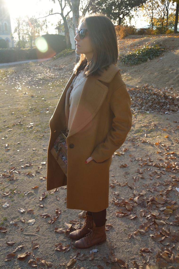 lara-vazquez-madlula-perfil-abrigo-masculino-oversized-style-chic