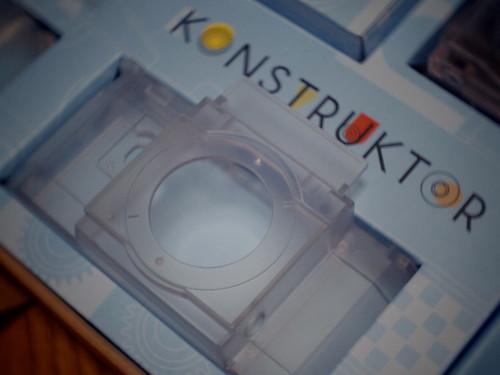 Konstruktor Transparent Collector's Edition_03