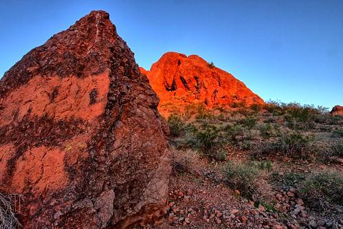 park sunset red arizona usa mountains southwest phoenix cacti sunrise rocks desert hiking sunny cliffs papago daytime sonoran municipalpark papagopark swees