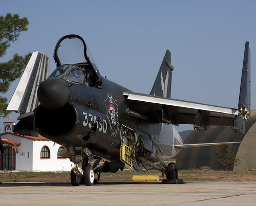 A-7E 160616 CLOFTING IMG_5086