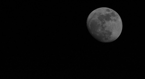 Moon over Arlington, VA 03/13/2014