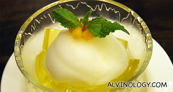 Chilled Lime Sherbet with Lemongrass Jelly - S$6.80 per bowl
