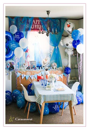 パーティープランナー 事例 ホームパーティー アナと雪の女王 3才の誕生日記念 子供写真 スイーツ写真 花写真