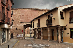 Puerta de la Cárcel desde dentro (Lerma, Burgos)