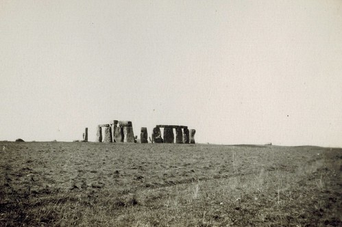 1930 - 024 - September Tour - 7 - Stonehenge