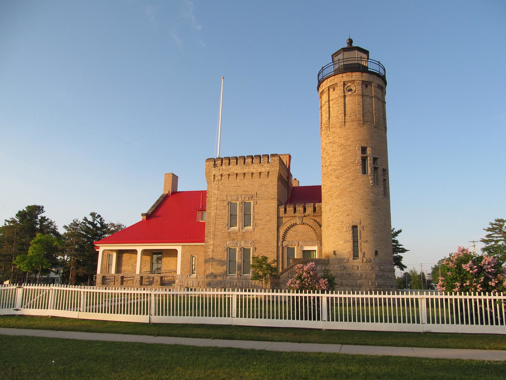 Fun things to see and do at mackinaw city michigan for Fun places to go in the city
