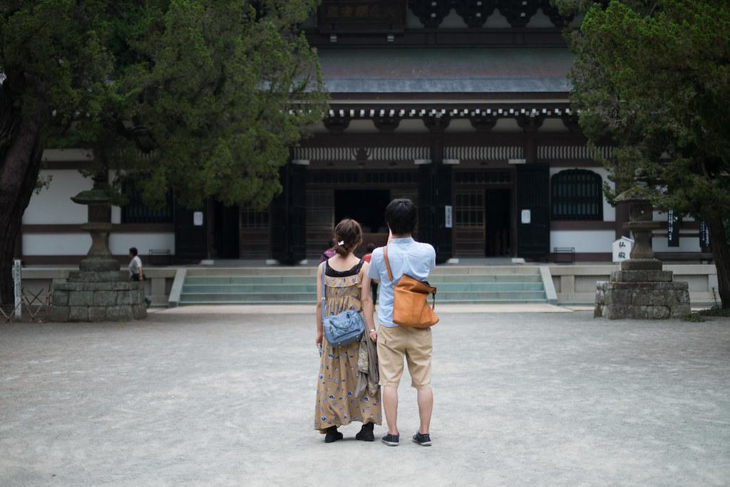 円覚寺のカップル 2013/07/13 DSCF0988