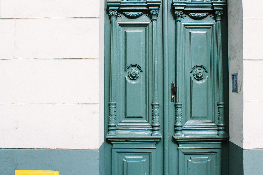Pretty doors in the Jewish Quarter