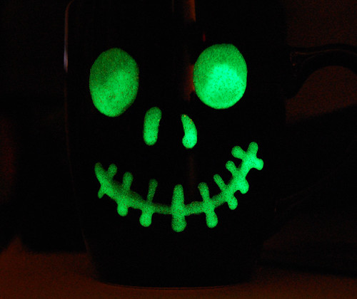 glowinthedarkmugface
