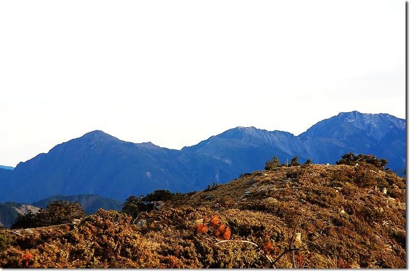 櫧山、本鄉山、東郡大山(左至右‧From 馬西山北望)