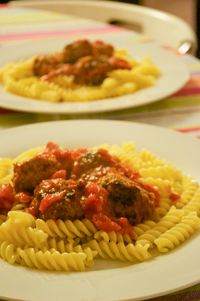 muddy boots meatballs in sauce with pasta