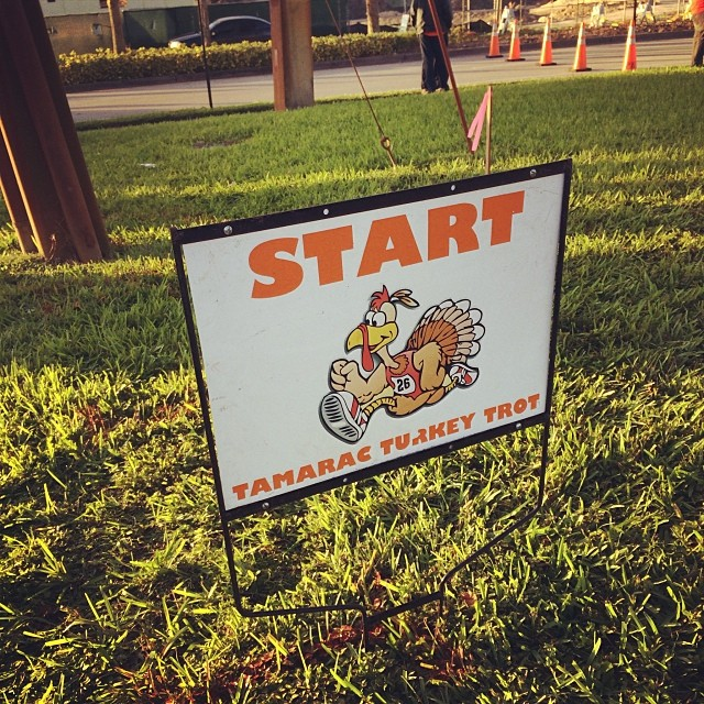 The Start line. Sorry, my pics are out of order. #5k #running #tamarac #turkeytrot #thanksgiving