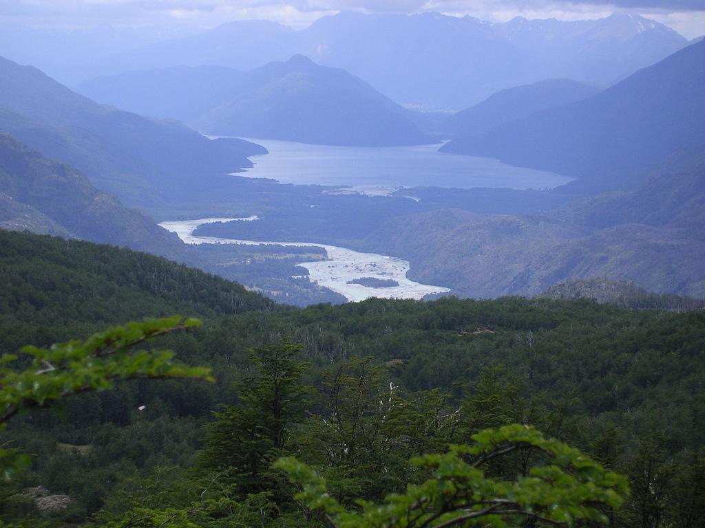 6. Andes patagónicos, en las proximidades de río Turbio. Autor, cHaghi