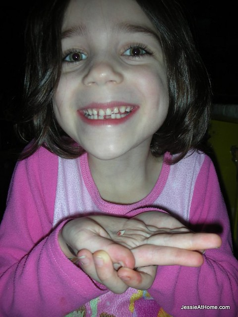 Vada-yanked-her-tooth-out