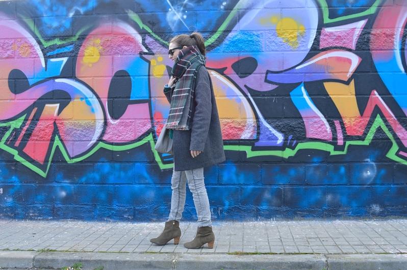 lara-vazquez-madlula-fashion-blog-cocoon-coat-green-grey-look