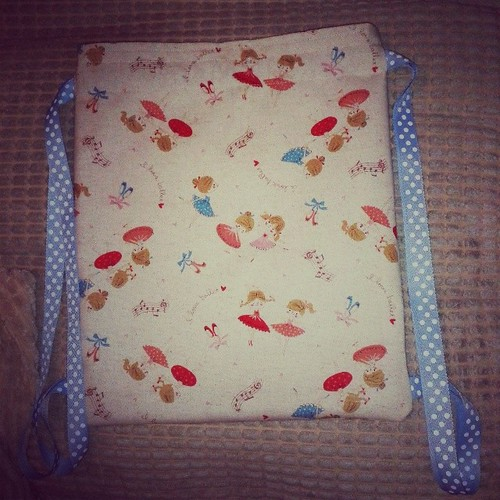 And last finish for tonight, drawstring pe bag for my little one, been meaning to make since last August, whoops!