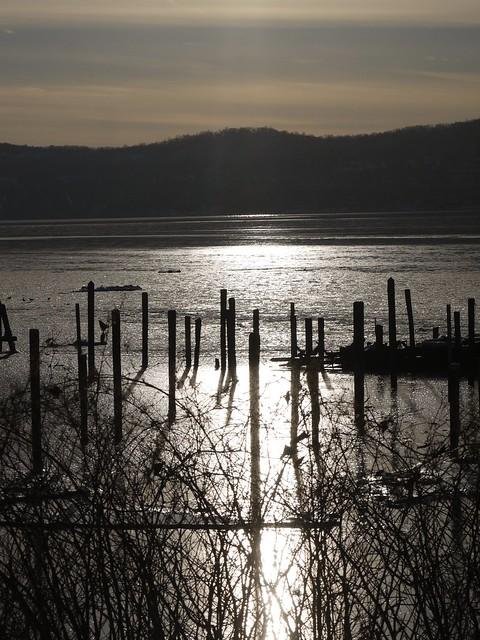 月, 2014-02-17 16:32 - ハドソン川