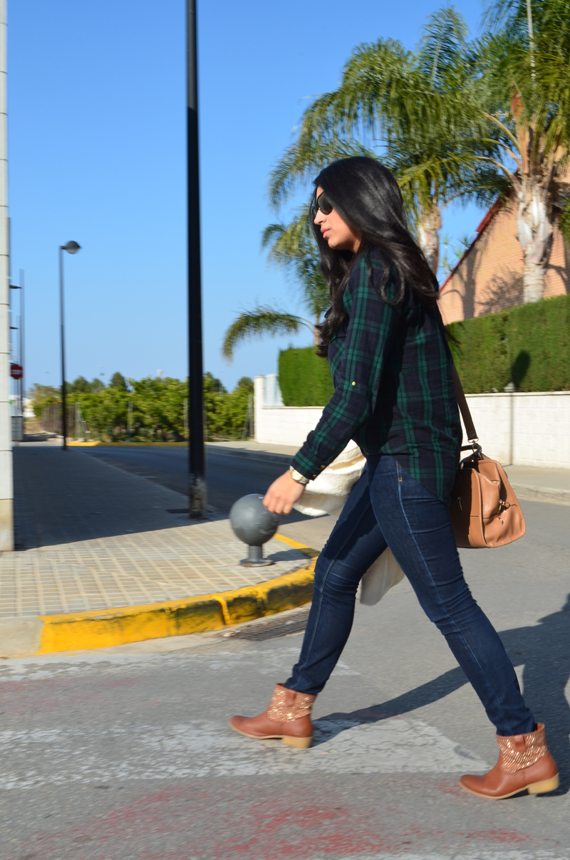 florenciablog chaqueta fieltro inspiration tartan cream jacket casual look bloggers gandia (12)
