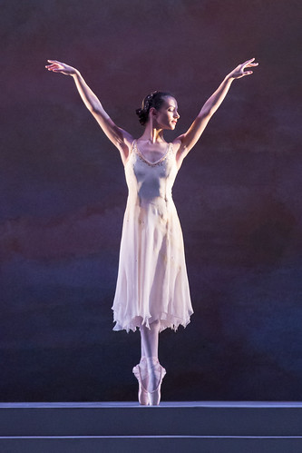 Francesca Hayward in action.