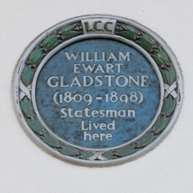 Photo of William Ewart Gladstone green plaque