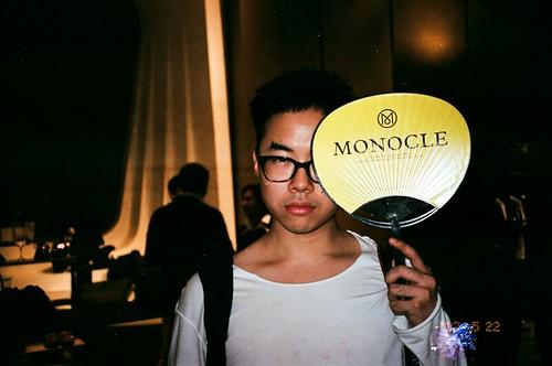 MONOCLExMNL01