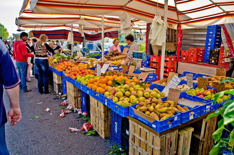 Thursday market